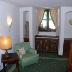 Отель Friesachers Aniferhof Аниф комната для гостей
