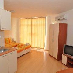 Апартаменты Apartment 98 Rainbow 2 Солнечный берег в номере фото 2