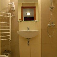 Отель Dragneva Guest House Болгария, Чепеларе - отзывы, цены и фото номеров - забронировать отель Dragneva Guest House онлайн ванная