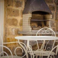 Отель Lemon Tree Bed & Breakfast гостиничный бар