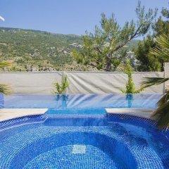 Villa Inci Турция, Калкан - отзывы, цены и фото номеров - забронировать отель Villa Inci онлайн бассейн