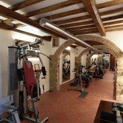 Отель Sovestro Италия, Сан-Джиминьяно - отзывы, цены и фото номеров - забронировать отель Sovestro онлайн спортивное сооружение
