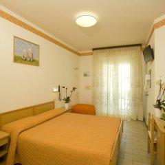Отель Consuelo Италия, Риччоне - отзывы, цены и фото номеров - забронировать отель Consuelo онлайн комната для гостей фото 3
