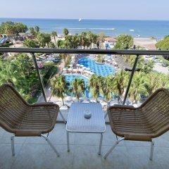 Отель Trendy Palm Beach - All Inclusive Сиде балкон
