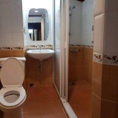 Отель Malaysia Hotel Таиланд, Бангкок - отзывы, цены и фото номеров - забронировать отель Malaysia Hotel онлайн ванная