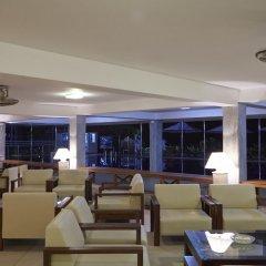 Coral Sands Hotel Хиккадува интерьер отеля фото 2