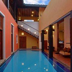 Отель Villa Capers Шри-Ланка, Коломбо - отзывы, цены и фото номеров - забронировать отель Villa Capers онлайн бассейн фото 2