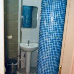 Отель Gjilani Албания, Тирана - отзывы, цены и фото номеров - забронировать отель Gjilani онлайн ванная фото 2
