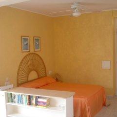 Отель Estudios Vistamar Испания, Эс-Мигхорн-Гран - отзывы, цены и фото номеров - забронировать отель Estudios Vistamar онлайн удобства в номере