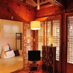Отель Hueahn Hanok Guesthouse Южная Корея, Сеул - отзывы, цены и фото номеров - забронировать отель Hueahn Hanok Guesthouse онлайн сауна