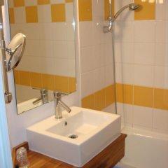 Отель Kyriad Lille Est Villeneuve d'Ascq ванная фото 2