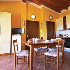 Апартаменты Villaggio Heliopolis Манерба-дель-Гарда в номере фото 2