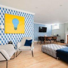 Отель The Kensington Palace Mews - Bright & Modern 6bdr House With Garage Лондон комната для гостей фото 2