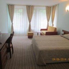 Отель Fisherman's Hut Family Hotel Болгария, Чепеларе - отзывы, цены и фото номеров - забронировать отель Fisherman's Hut Family Hotel онлайн сейф в номере