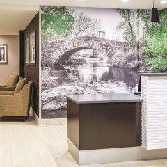 Отель La Quinta Inn & Suites New York City Central Park интерьер отеля фото 2