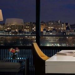Отель Pullman Paris Tour Eiffel балкон