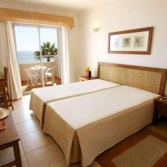 Отель Clube Porto Mos Португалия, Лагуш - отзывы, цены и фото номеров - забронировать отель Clube Porto Mos онлайн комната для гостей фото 3