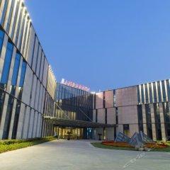 Отель Taihu Lake Golden Valley Conference Center парковка