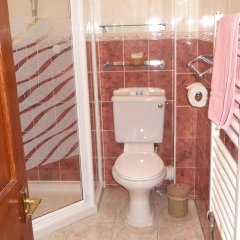 Отель Acer Lodge Guest House Эдинбург ванная