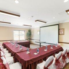 Отель Comfort Suites Plainview