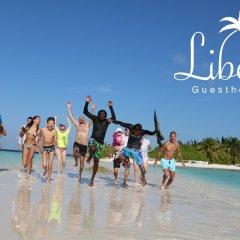 Отель Liberty Guest House Maldives пляж