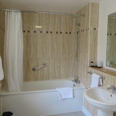 Отель Best Western Burn Hall Hotel Великобритания, Йорк - отзывы, цены и фото номеров - забронировать отель Best Western Burn Hall Hotel онлайн ванная