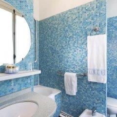 Отель Hôtel de Suez ванная фото 2
