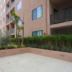 Отель Wilshire Condos By Barsala Лос-Анджелес парковка