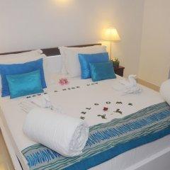 Отель White Villa Resort Aungalla сейф в номере