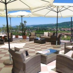 Hotel Villa La Bollina Серравалле-Скривия гостиничный бар