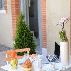 Отель Le Clos des Salins Франция, Тулуза - отзывы, цены и фото номеров - забронировать отель Le Clos des Salins онлайн питание