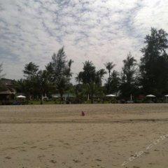 Отель Gooddays Lanta Beach Resort Таиланд, Ланта - отзывы, цены и фото номеров - забронировать отель Gooddays Lanta Beach Resort онлайн спортивное сооружение