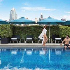 Отель Sofitel Sukhumvit Бангкок бассейн