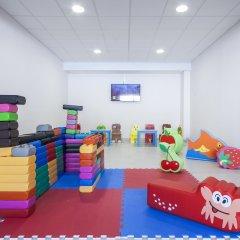 Hotel Oasis Park детские мероприятия