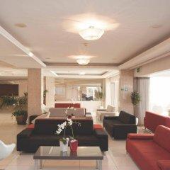 Dome Beach Hotel and Resort интерьер отеля