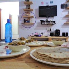 Rootsvilla Hostel Goa Гоа питание