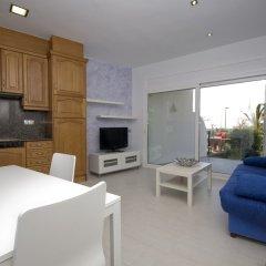 Отель InmoSantos Oasis E3 Испания, Курорт Росес - отзывы, цены и фото номеров - забронировать отель InmoSantos Oasis E3 онлайн комната для гостей фото 3