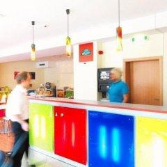 Отель ibis Styles Berlin Alexanderplatz Германия, Берлин - 4 отзыва об отеле, цены и фото номеров - забронировать отель ibis Styles Berlin Alexanderplatz онлайн питание фото 3