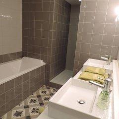 Отель B&B Maison Az Бельгия, Брюссель - отзывы, цены и фото номеров - забронировать отель B&B Maison Az онлайн ванная
