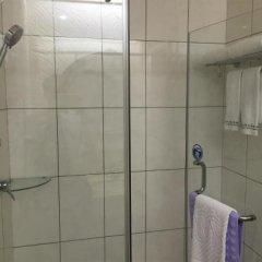 Отель Zhongshan Sunshine Business Hotel Китай, Чжуншань - отзывы, цены и фото номеров - забронировать отель Zhongshan Sunshine Business Hotel онлайн ванная