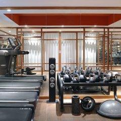 Отель Renaissance Paris Republique Франция, Париж - отзывы, цены и фото номеров - забронировать отель Renaissance Paris Republique онлайн фитнесс-зал фото 3