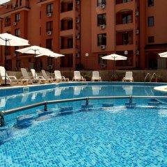 Отель Complex Sunflower Болгария, Солнечный берег - отзывы, цены и фото номеров - забронировать отель Complex Sunflower онлайн бассейн фото 2