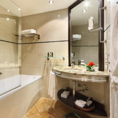 Отель Grand Bohemia Прага ванная