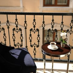 Le Petit Palace Hotel Турция, Стамбул - 4 отзыва об отеле, цены и фото номеров - забронировать отель Le Petit Palace Hotel онлайн балкон