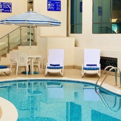 Отель Lavender Hotel Sharjah ОАЭ, Шарджа - отзывы, цены и фото номеров - забронировать отель Lavender Hotel Sharjah онлайн бассейн фото 2