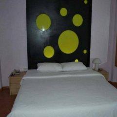 Отель Suriwongse Hotel Таиланд, Бангкок - отзывы, цены и фото номеров - забронировать отель Suriwongse Hotel онлайн комната для гостей фото 2