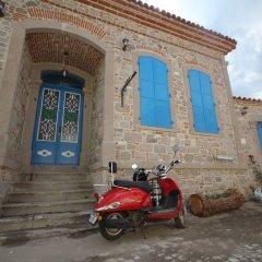 Bergama Tas Konak Турция, Дикили - 1 отзыв об отеле, цены и фото номеров - забронировать отель Bergama Tas Konak онлайн парковка
