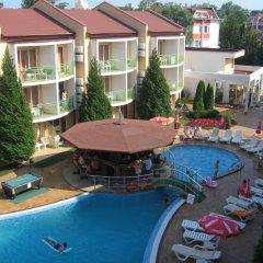 Отель Sun City Hotel Болгария, Солнечный берег - отзывы, цены и фото номеров - забронировать отель Sun City Hotel онлайн бассейн фото 2