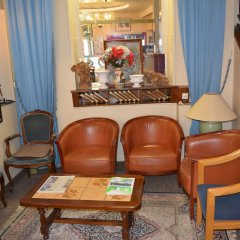 Отель Hôtel Stanislas гостиничный бар
