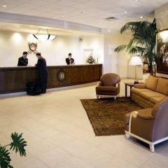 Отель Carriage House Inn Канада, Калгари - отзывы, цены и фото номеров - забронировать отель Carriage House Inn онлайн интерьер отеля фото 3